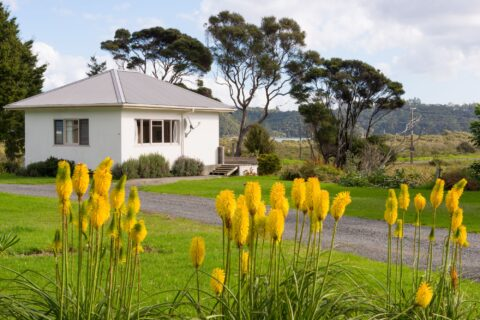 Swordfish Cottage family accommodation, Russell Orongo Bay Holiday Park